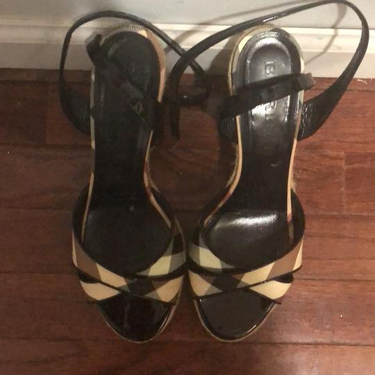 Burberry Tan check Wedges