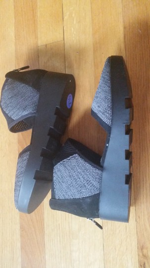 Eileen Fisher Knit Black-Grey Wedges Image 4