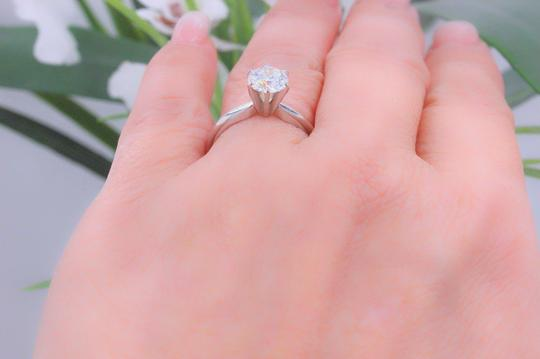 Hearts on Fire F Vs2 Ideal Cut Round Diamond 1.03 Ct 14k White Gold Engagement Ring Image 4