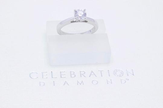 D Si2 Round 0.97 Cts 18k White Gold Engagement Ring Image 9