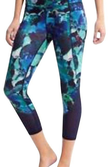 Item - Blue Green Watercolor Style #54022 Activewear Bottoms Size 8 (M)