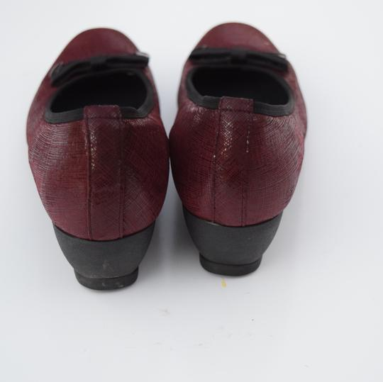 Munro American red Wedges Image 3