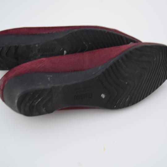 Munro American red Wedges Image 7