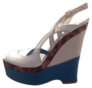 Gucci White, Teal, Tortoise Shell Wedges