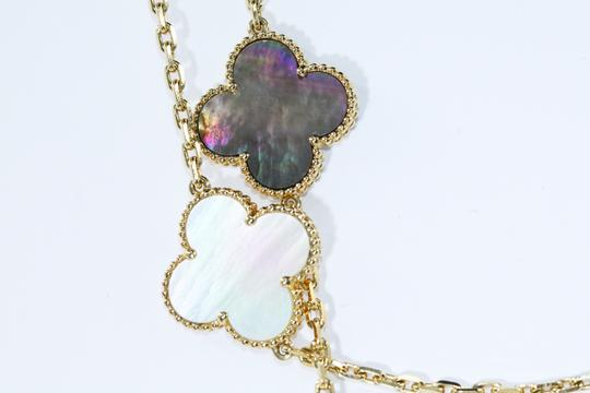 Van Cleef & Arpels Lucky Alhambra long necklace, 12 motifs Yellow gold, Mother-of-pearl
