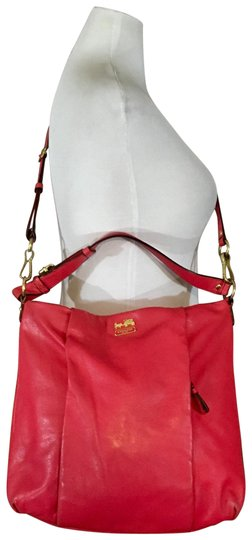 Preload https://img-static.tradesy.com/item/24074629/coach-isabelle-madison-pink-leather-cross-body-bag-0-1-540-540.jpg