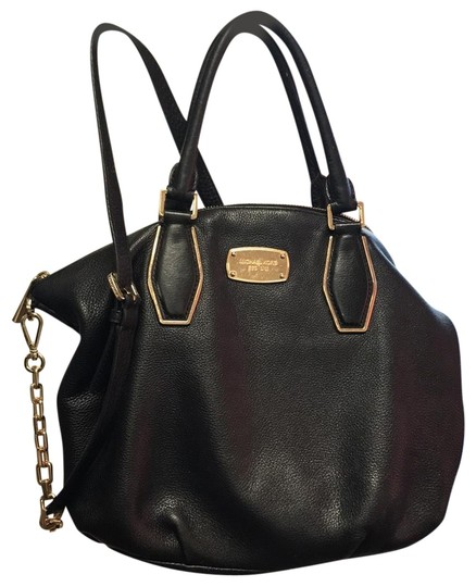 Preload https://img-static.tradesy.com/item/24074889/michael-kors-black-leather-satchel-0-1-540-540.jpg