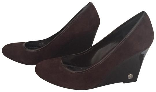 Preload https://img-static.tradesy.com/item/24075128/bcbgeneration-chocolate-brown-patform-and-wedge-heel-pumps-size-us-85-regular-m-b-0-1-540-540.jpg