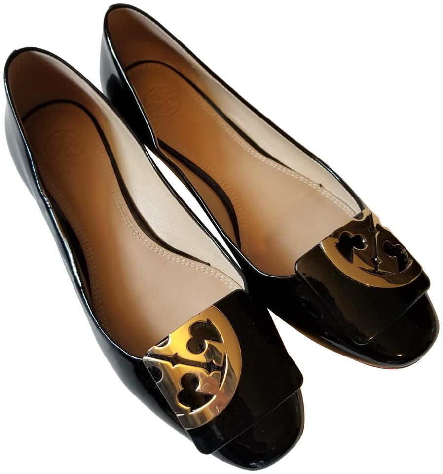 0e950589cec8 Tory Burch Black Gold 8.5m Square-toe Logo Soft Calf Patent Leather Flats.  Size  US 8.5 Regular ...