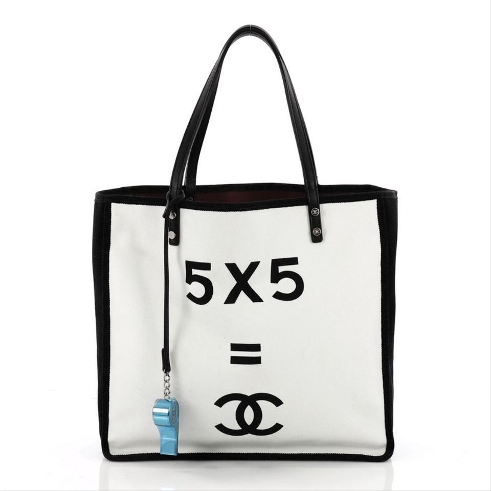 Chanel Canvas Tote In White And Black