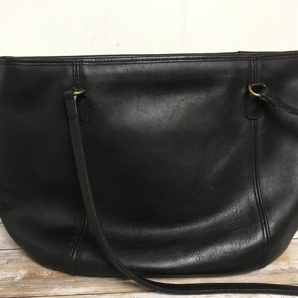 50177f8be04 Coach Leather Tote in Black. 123456789