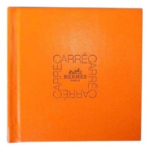 Hermès Limited Edition HOW 2 TIE SCARF HARD COVER CARRE BOOK BOOKLET 1998