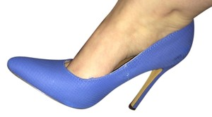 Michael Antonio Blue Pumps