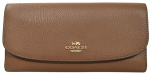 Coach NWT! Coach F16613 Pebbled Leather Checkbook Wallet in Saddle Brown 2 M