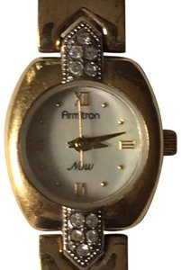 Armitron Now (75/1990) Women's Gold-tone w/ MOP Dial