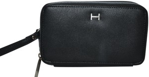 Halston NWT HALSTON HILLARY DOUBLE ZIP WALLET BLACK SMOOTH WRISTLET CLUCH BAG