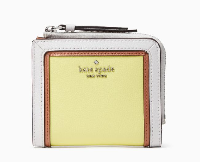 Item - Yellow Limelight Patterson Drive Bifold Wallet