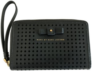 Marc by Marc Jacobs Black Wristlet Iphone 6 Wallet