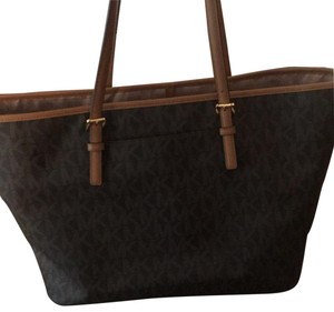 Michael Kors Tote in brown and gold