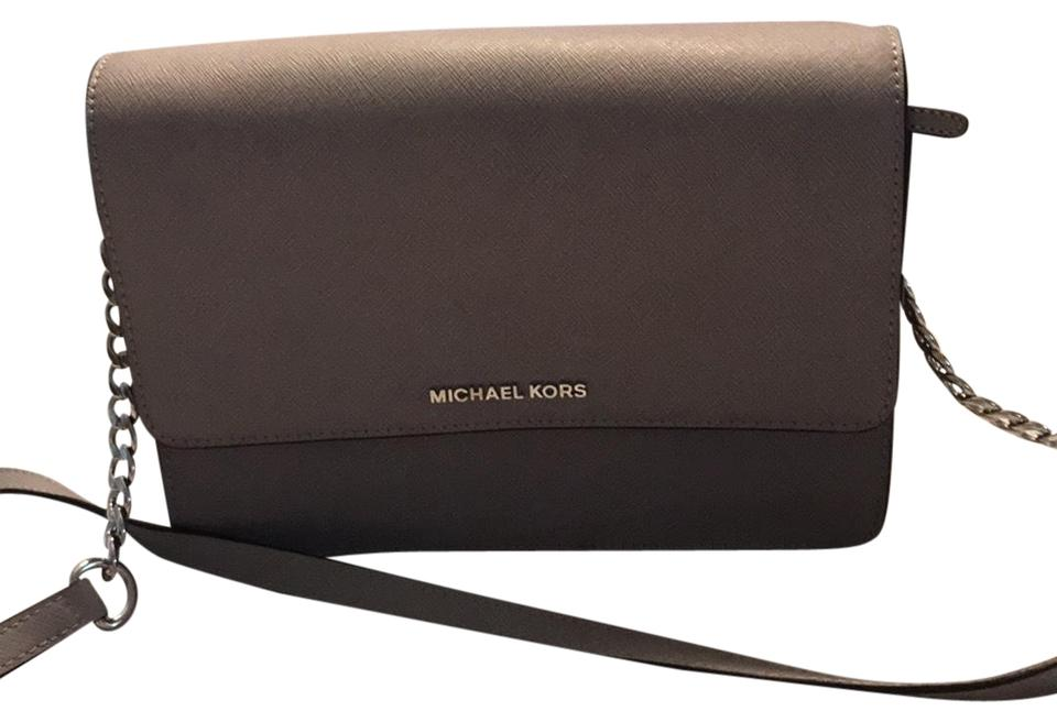 7d1363b259b1 Michael Kors Daniela Large Pearl Gray Leather Cross Body Bag - Tradesy