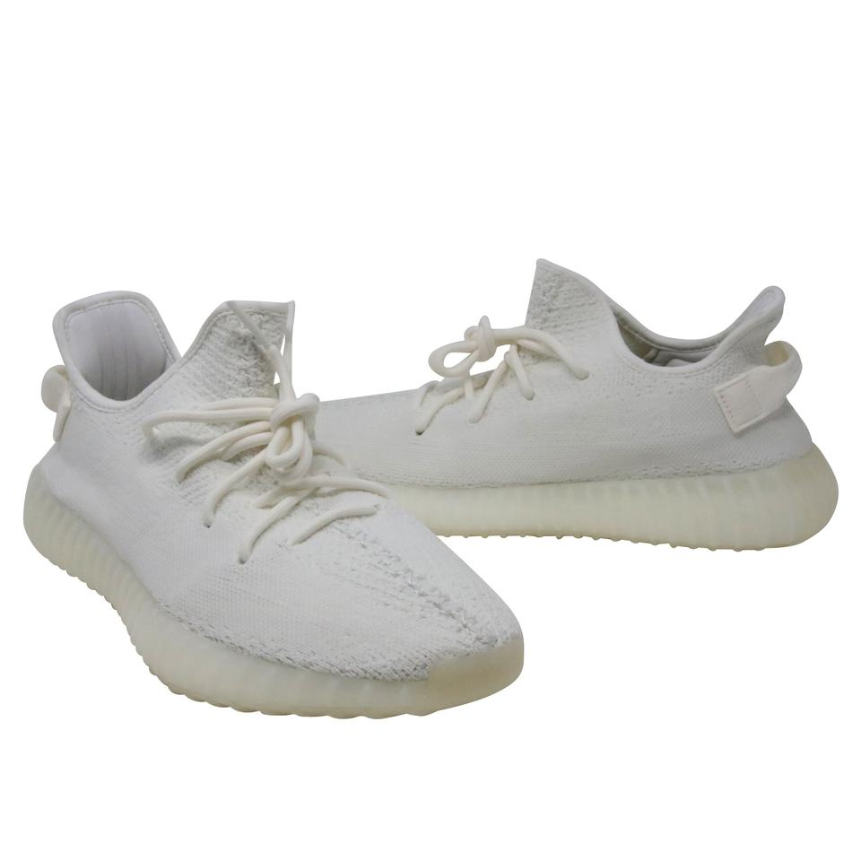 a6df86277bba adidas X Yeezy Triple White Kanye West Boost 350 V2 Sneaker Sneakers ...