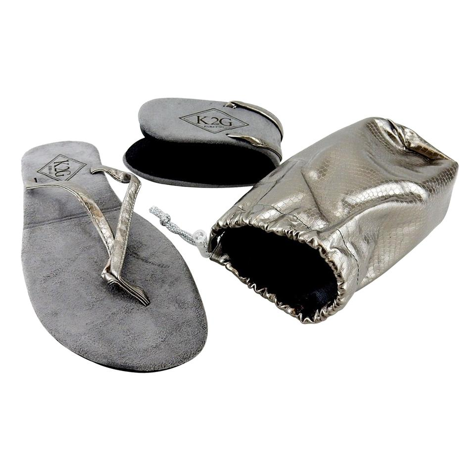 cdd66f53b Silver Ladies  Folding Flip-flops with Pouch-spa Beach Pool. Sandals Size  US 10 Regular (M