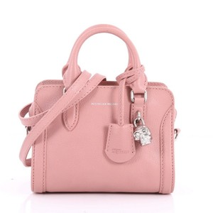 Alexander McQueen Leather Tote in pink