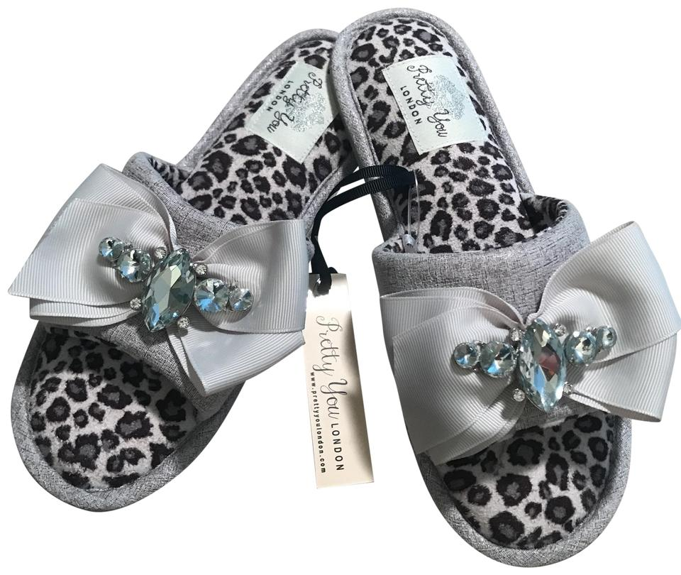 fd3bc04acc1 Pretty You London Elodie Slippers US 5 -6 small ...