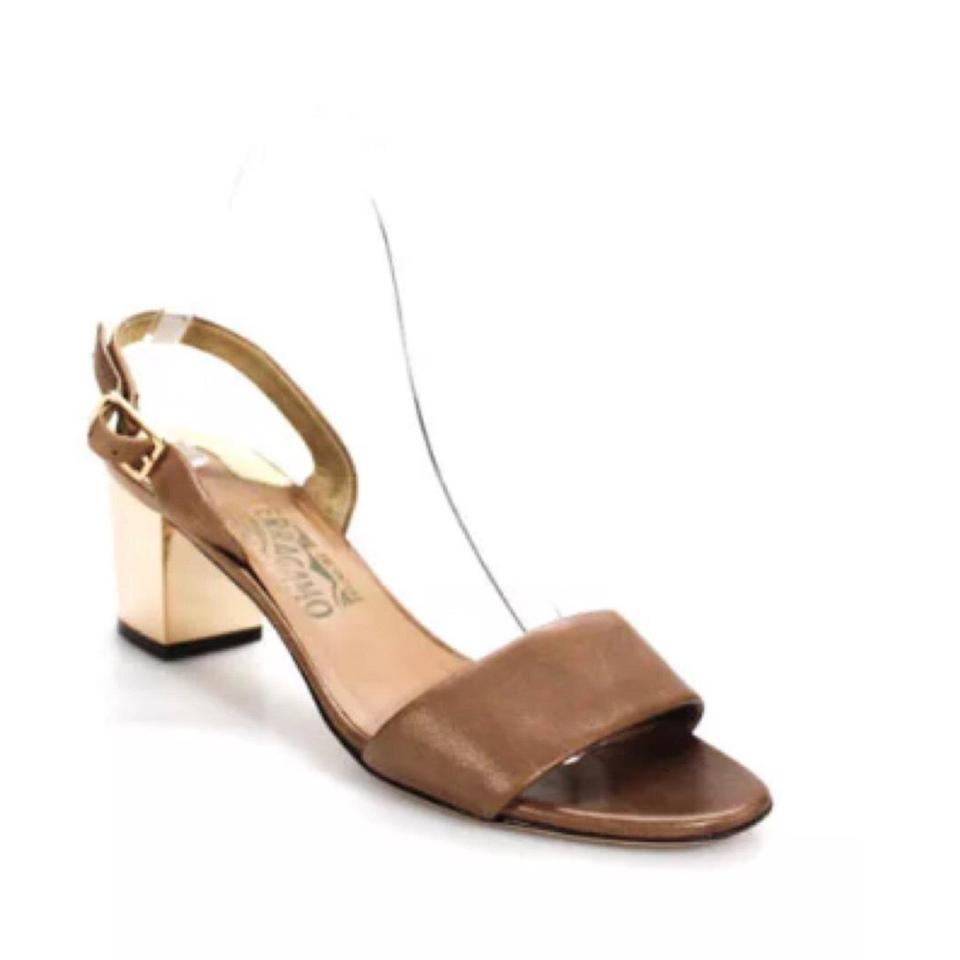 4c31c587731f Salvatore Ferragamo Brown Gold Camel Flower Sandals. Size  EU 37.5 (Approx. US  7.5) Regular ...