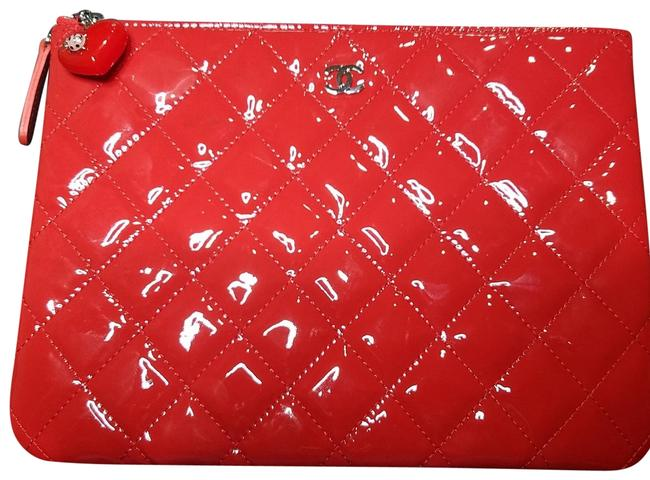 Item - Valentine Hearts O Case Quilted Red Patent Leather Clutch