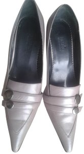 Desmo Leather Upper Leather Insole Eather Sole Stiletto Made In Italy grey Pumps