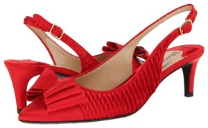 J. Reneé Satin Pointy Toe Bow Pleated Red Formal