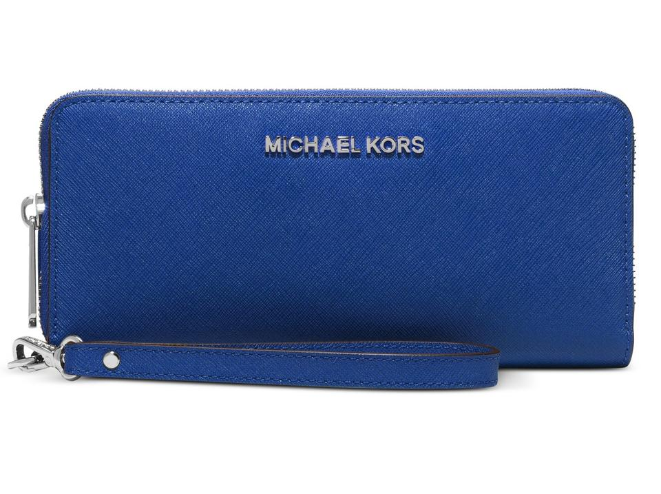 98175a8fa4da Michael Kors Michael Kors Jet Set Travel Saffiano Leather Continental Wallet  Image 0 ...