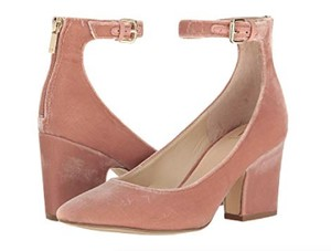 Marc Fisher Pink light natural Pumps
