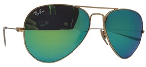 Ray-Ban Unisex Aviator Sunglasses Metal Frame with Green Gradient Lens
