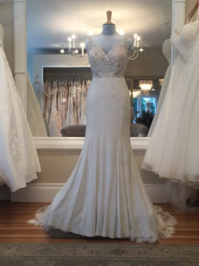Preload https://img-static.tradesy.com/item/24091659/martina-liana-ivory-lace-on-natural-bellagio-crepe-with-java-tulle-illusion-845-vintage-wedding-dres-0-0-540-540.jpg