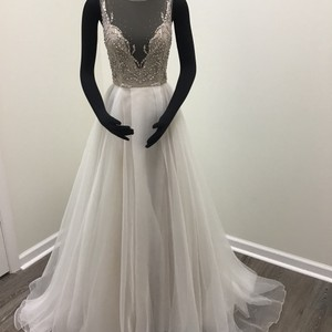 a264c2162421 Hayley Paige Moondust Organza Illusion Tulle Style 6701 Kenny Formal  Wedding Dress Size 8 (M