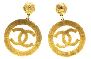 Chanel Extremely RARE XXXL Extra large huge CC drop gold dangle clip earrings