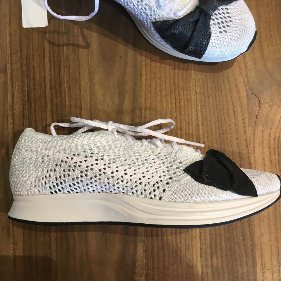 cdf786f413f COMME des GARÇONS x Nike White and Black The Flyknit Racer Sneakers Size US  7.5 Regular (M