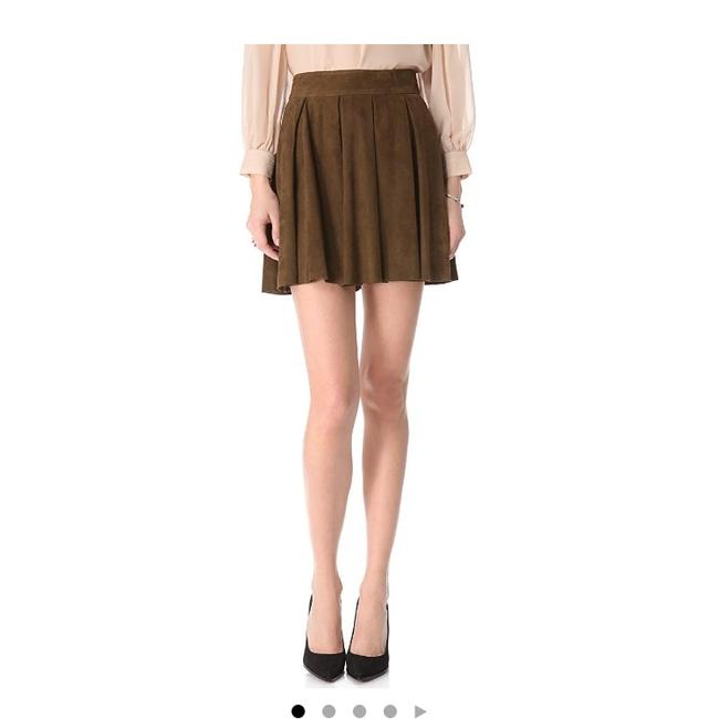 Item - Olive (Army) Milo Pleat Suede Skirt Size 2 (XS, 26)