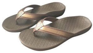 Vionic bronze metallic Sandals