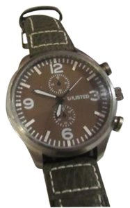 Unlisted by Kenneth Cole UL1176 Dress Men's Green Leather Band With Green Analog Dial Watch