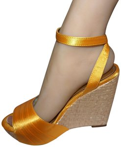 a.n.a Party Make A Entrance Sexy Satin Prom Yellow Wedges