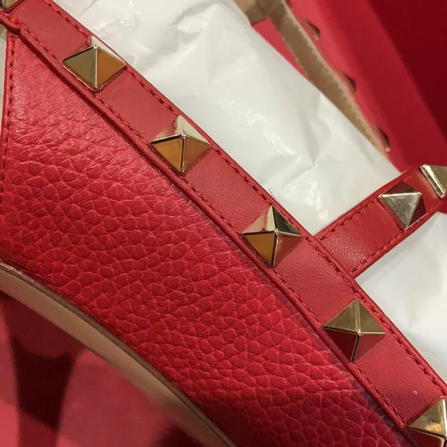 Valentino Red and Gold. Check Pictures Formal Shoes Size EU 36 (Approx. US 6) Regular (M, B) Valentino Red and Gold. Check Pictures Formal Shoes Size EU 36 (Approx. US 6) Regular (M, B) Image 6