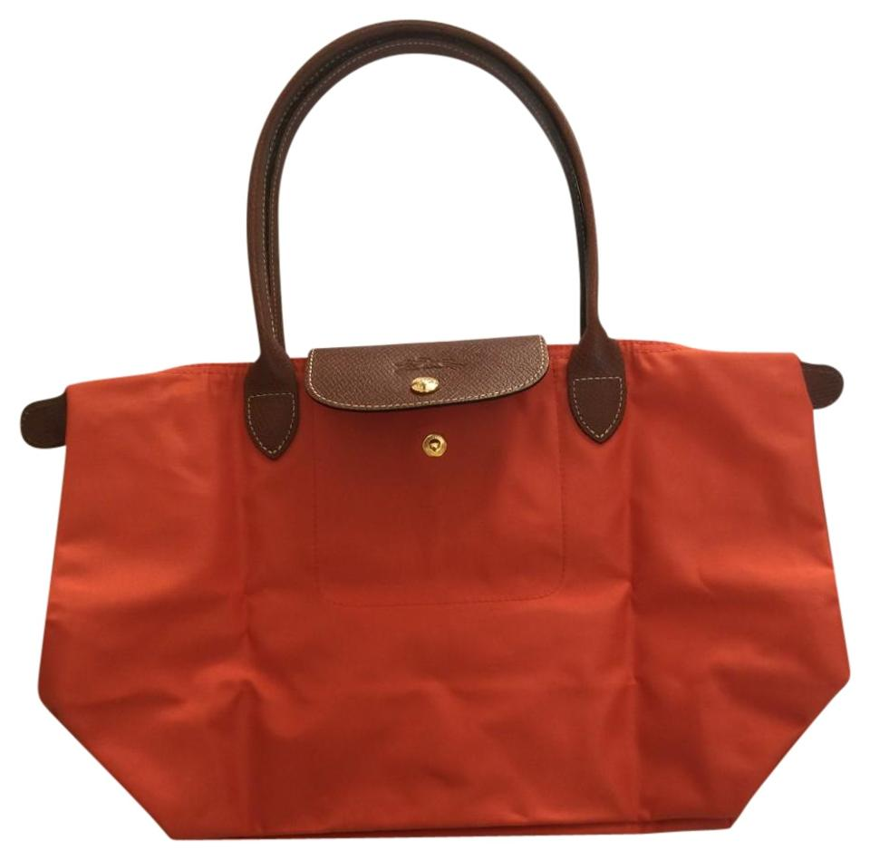 af6eef3ebb30 Longchamp Le Pliage Medium Orange Gold Nylon Leather Tote - Tradesy