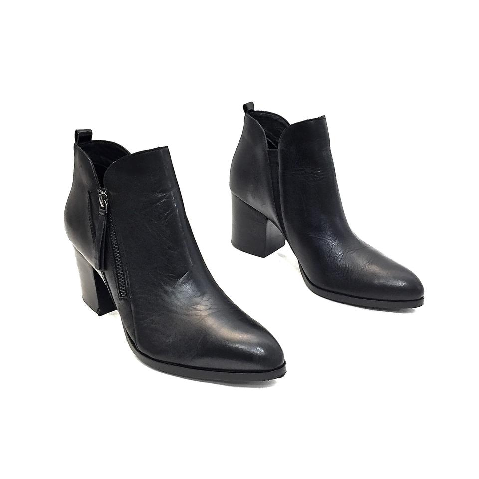 0150e4a386d Donald J. Pliner Black Leather Pointy Toe Zip-up Ankle W  Heels Boots  Booties