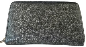 Chanel Zipped CHANEL leather wallet