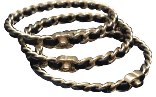 Preload https://img-static.tradesy.com/item/24097232/chanel-goldblack-agneau-bracelet-0-1-540-540.jpg