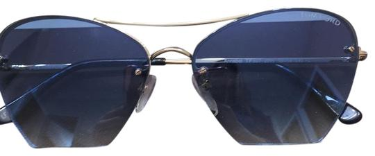 Preload https://img-static.tradesy.com/item/24097268/tom-ford-bluegold-sunglasses-0-1-540-540.jpg