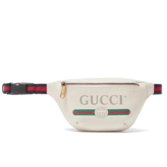 Preload https://img-static.tradesy.com/item/24097410/gucci-logo-printed-leather-belt-tote-0-0-540-540.jpg